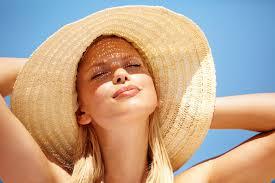 Как солнце повреждает нашу кожу?